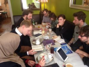 Cafe Abraham mit Neuen